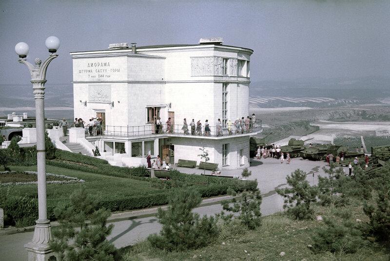 1964 Диорама Штурм Сапун-горы 7 мая 1944 года. Михаил Озерский. РИА Новости.jpg