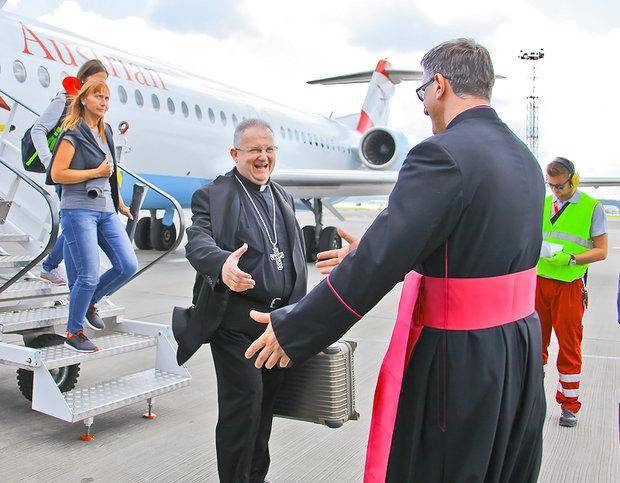 Папа Римский найдет время для визита вБеларусь 1— Апостольский нунций