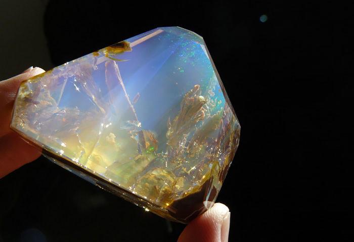 Прекрасными могут быть не только бриллианты