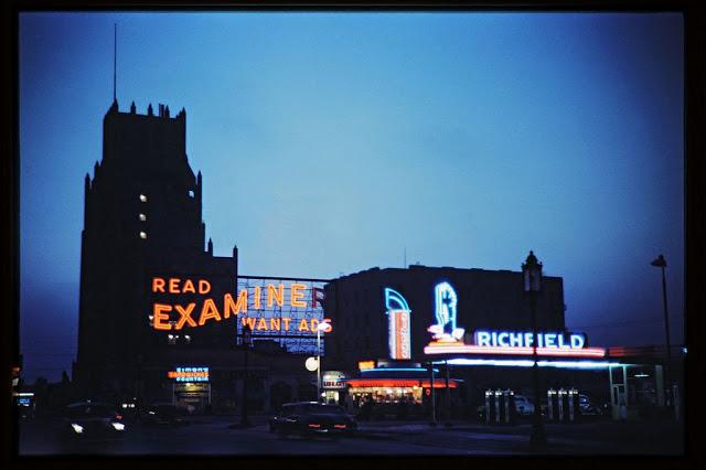 Иллюминация на бульваре Уилшир, 1945 год.
