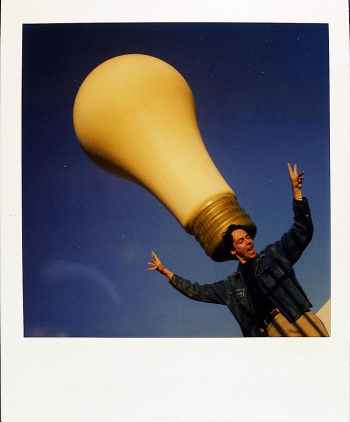 8 декабря 1990 года: у кого-то родилась отличная идея.