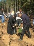 29 апреля в эколого-патриотической акции Лес Победы, которая проводится на территории Московской области мероприятия по высадке деревьев. В Подольском благочинии принимали участие все храмы зона высадки молодых саженцев поселка санатория Родина
