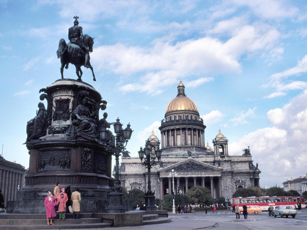 1979 Дэвид Л. Куэйл в Ленинграде (24).jpg