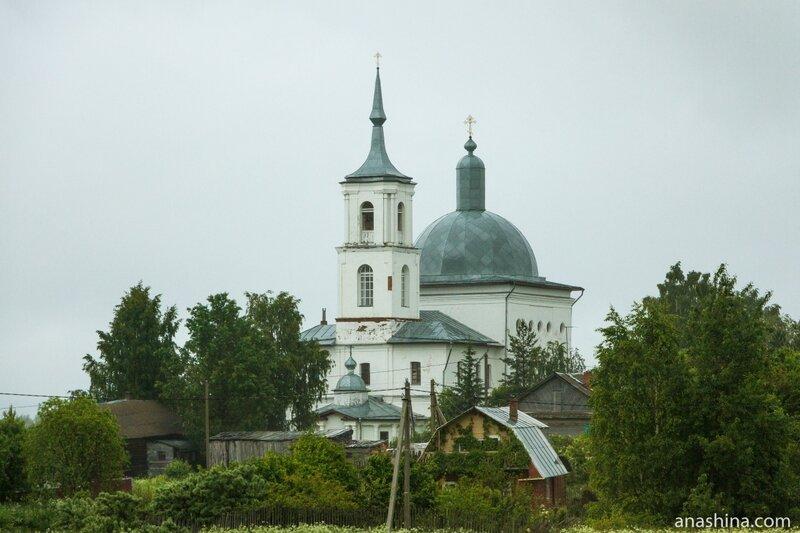 Церковь Воздвижения Честного Креста Господня в Воздвиженье, Вологодская область