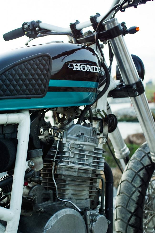Стрит-трекер Honda XR650 Alley Cat