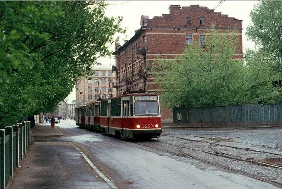 Улица Котовского  и угол улицы Мира