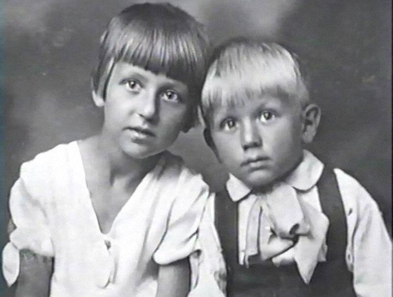 1223 Лев Дуров с сестрой.jpg