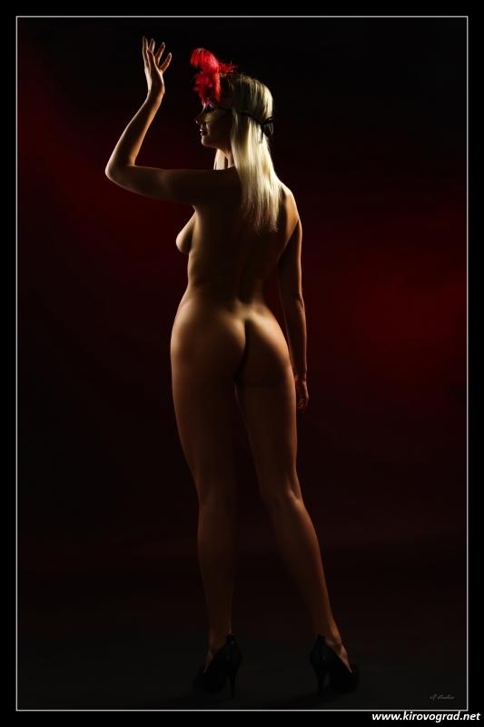 Еротичні фотографії Івана Леонова