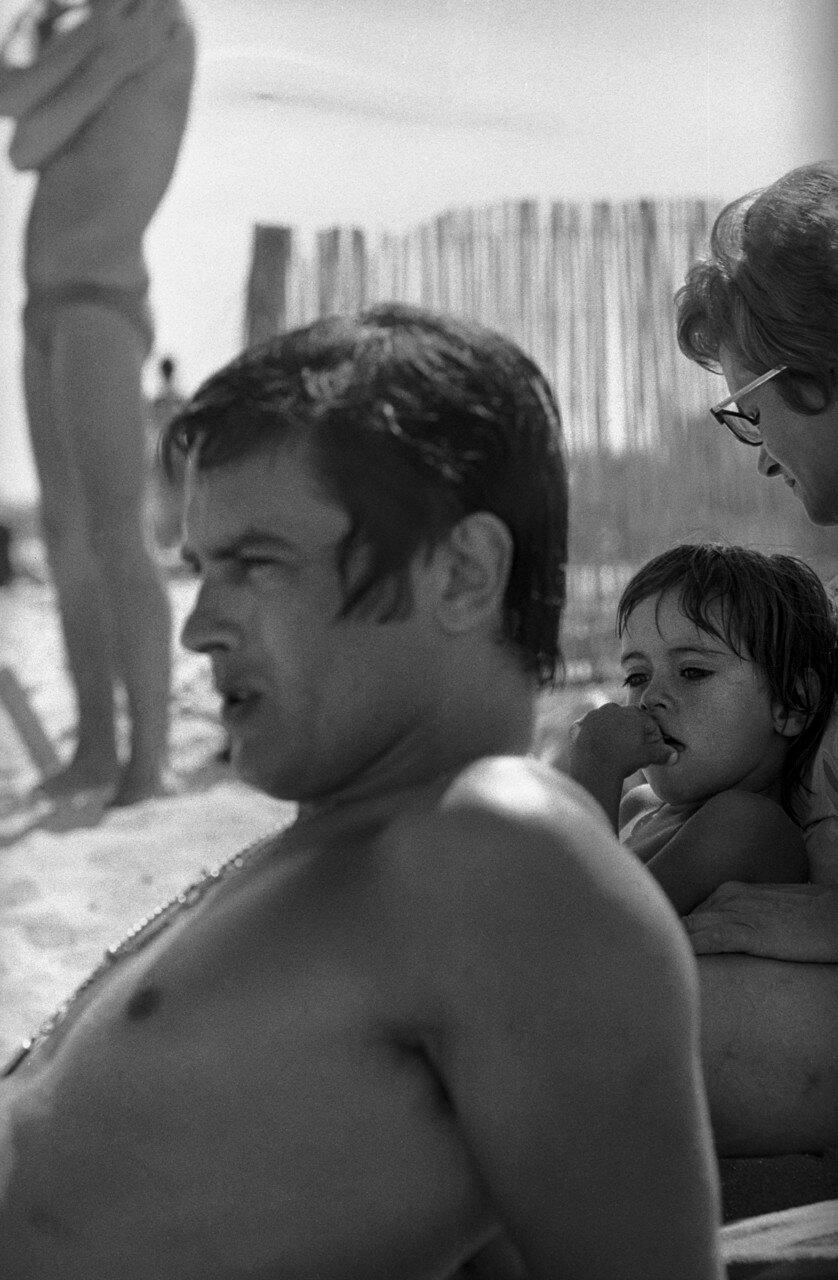 1968. На отдыхе с Энтони