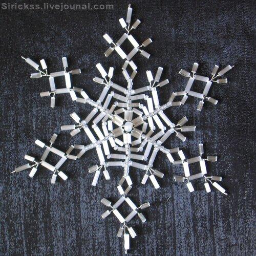 Также для создания снежинок