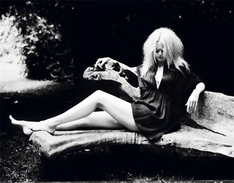 Клаудия Шиффер / Claudia Schiffer by Ellen von Unwerth in Purple Fashion fall-winter 2007