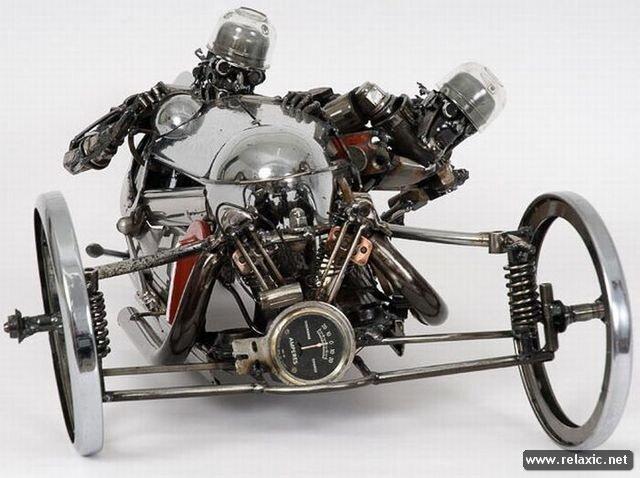 Поделки из деталей двигателя 70