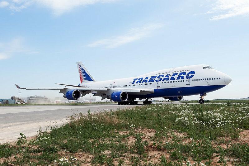 Boeing 747-4F6 (VQ-BHX) Трансаэро D700017