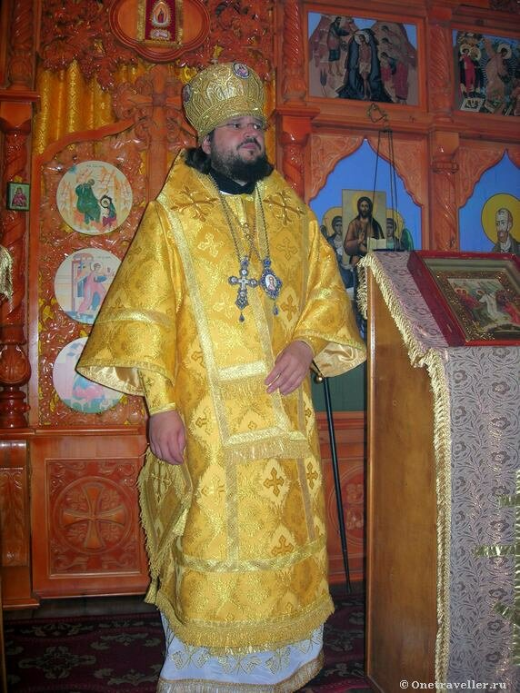 Арктика. Тикси-3. Владыка Роман (Лукин) Якутский и Ленский.