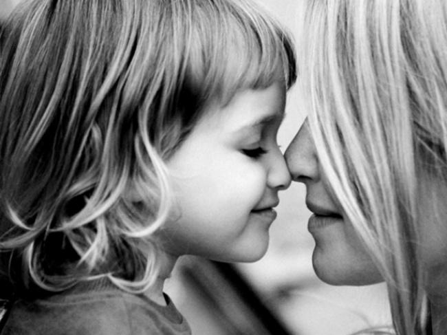 Вэтот самый денья, как ивсегда, хочу сказать тебе: «Спасибо, мама! Ятебя люблю».