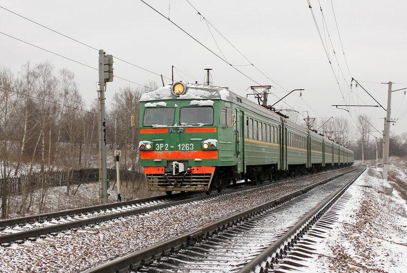 ЭР2-1263 на перегоне Тушино-Павшино