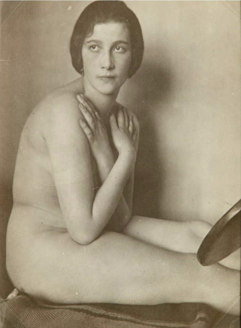 1925. Владимир Лебедев. Ню