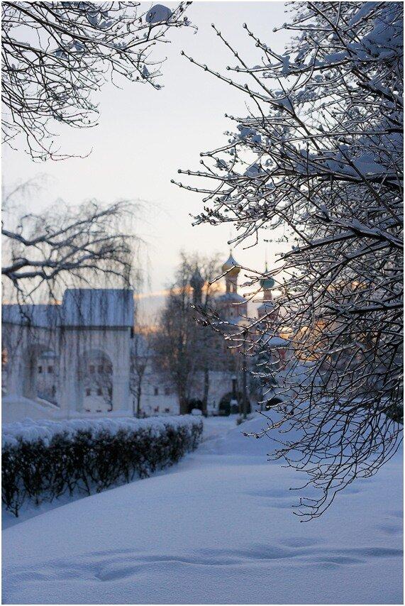 Вечер короткого зимнего дня