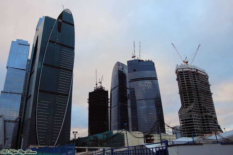 http://img-fotki.yandex.ru/get/5901/night-city-dream.7e/0_3e0ce_1a9e8297_XL.jpg