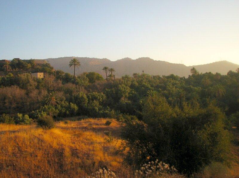Рассвет в Атласских горах (Марокко)