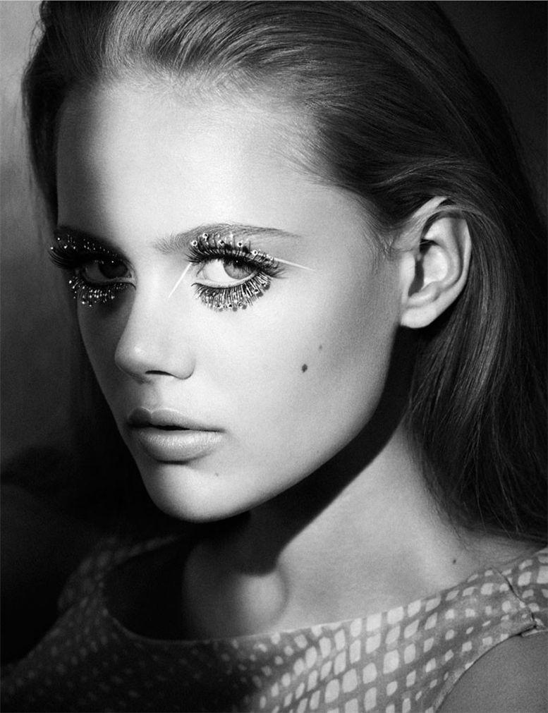 модель Фрида Густафссон / Frida Gustavsson, фотограф Lachlan Bailey