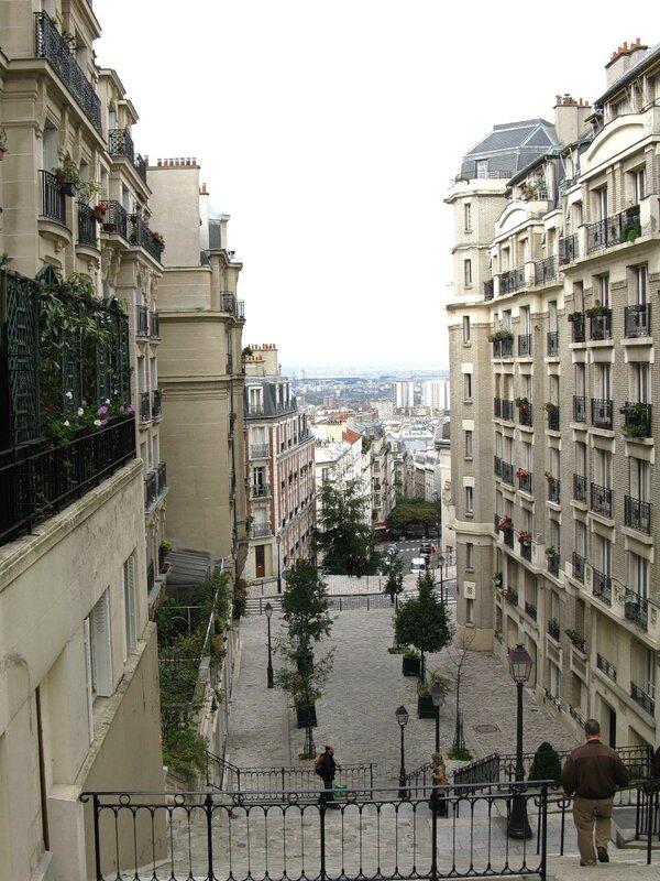 Улица на Монмартре, Париж