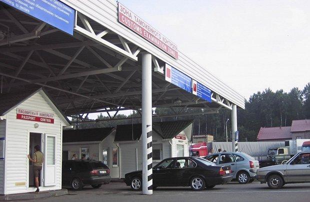 С 1 мая Литва введет налог на топливо для тех белорусов которые часто пересекают границу