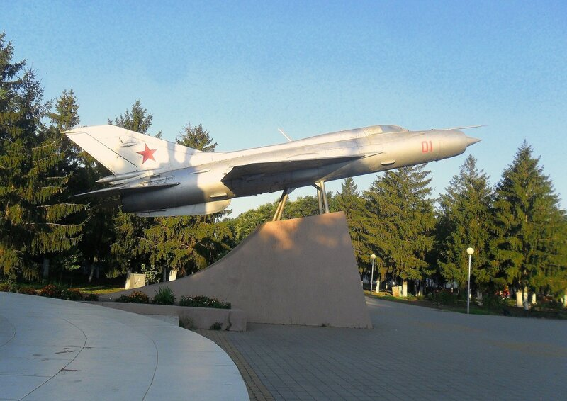 Самолёт в парке ... SAM_8778.JPG