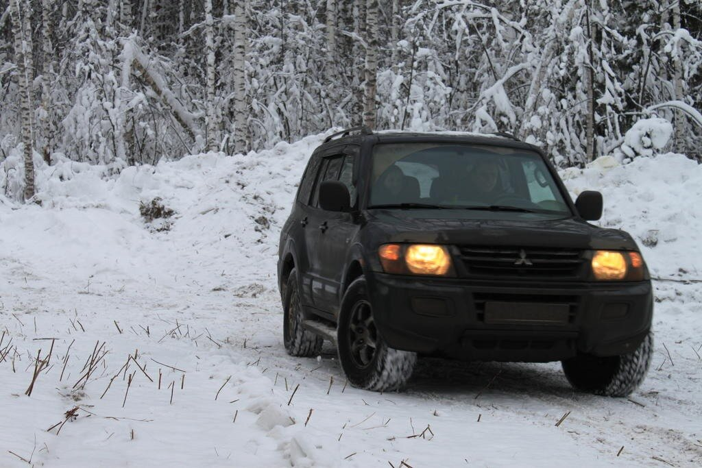 Немного фотографий, стащенных с Форд-Тракс