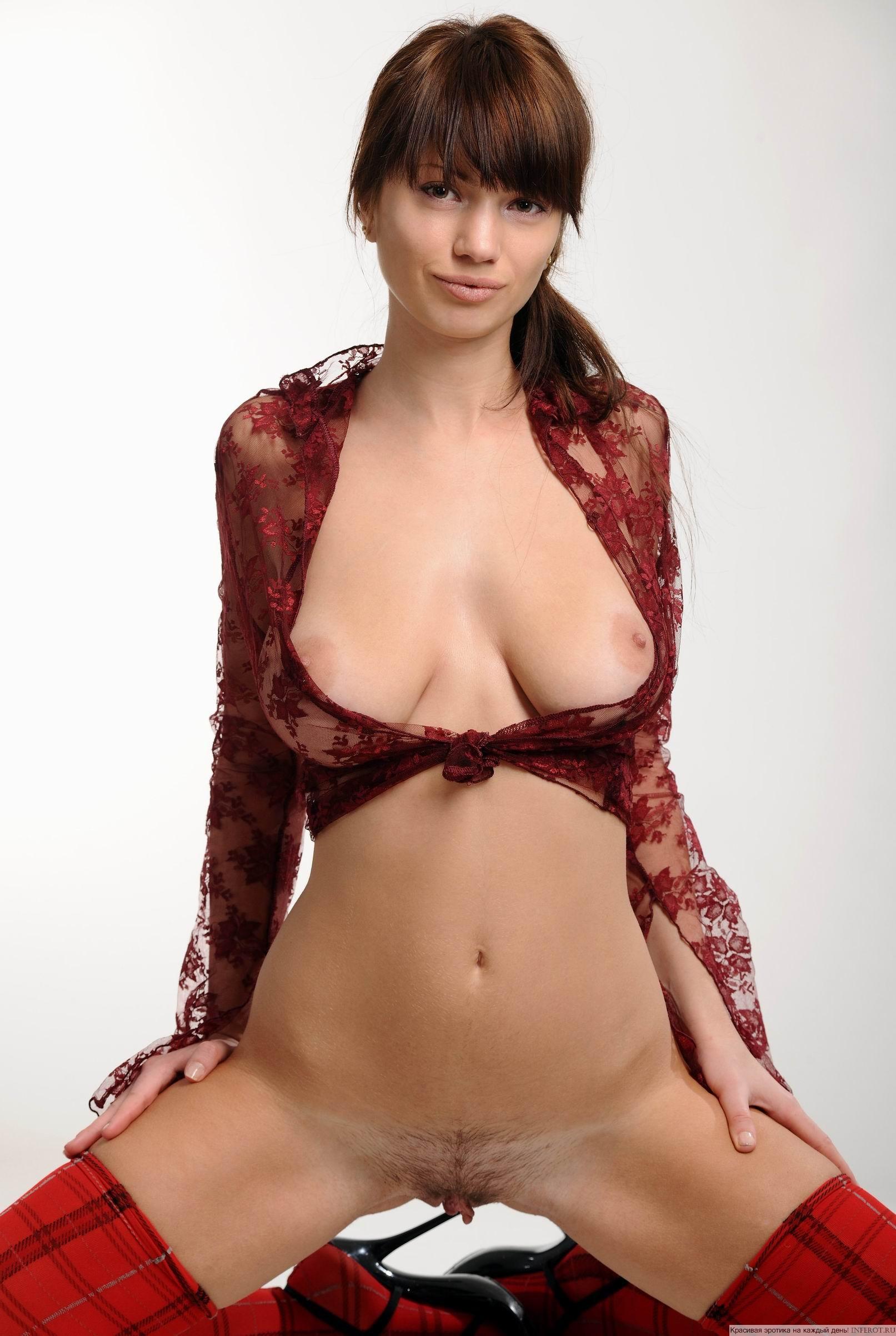 Фото прозрачных блузках эротика 11 фотография
