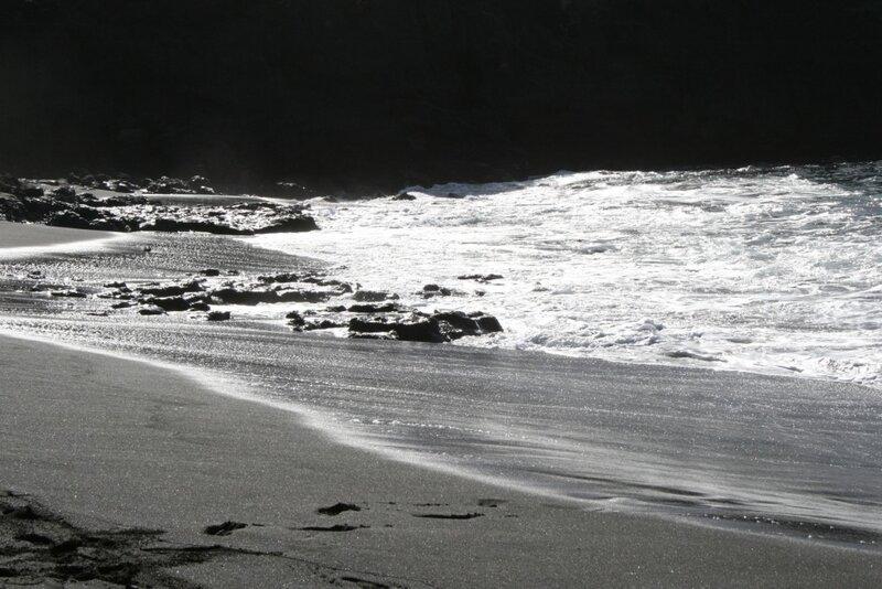 Пляж Ла Арена в Лос Гигантес Тенерифе