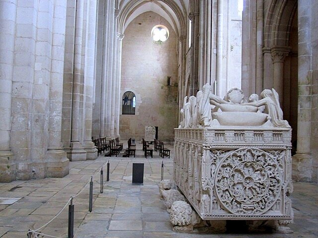 Alcobasa Monastery Royal tombs of Portugal King Pedro I and his mistress Ines de Castro