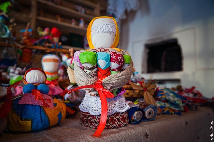 欣赏:制作传统俄罗斯娃娃的玩具店 - maomao - 我随心动