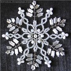 мк бисерные снежинки