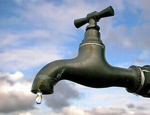 На Сахалине таинственное явление - вода тёплая и в колодцах, и из-под крана...