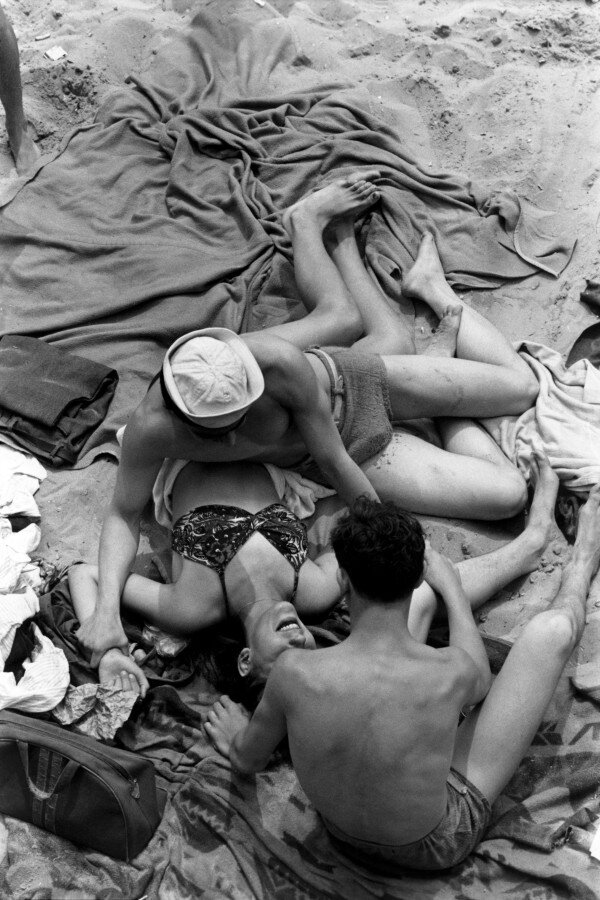 Henri Cartier-Bresson, 1946 Coney Island