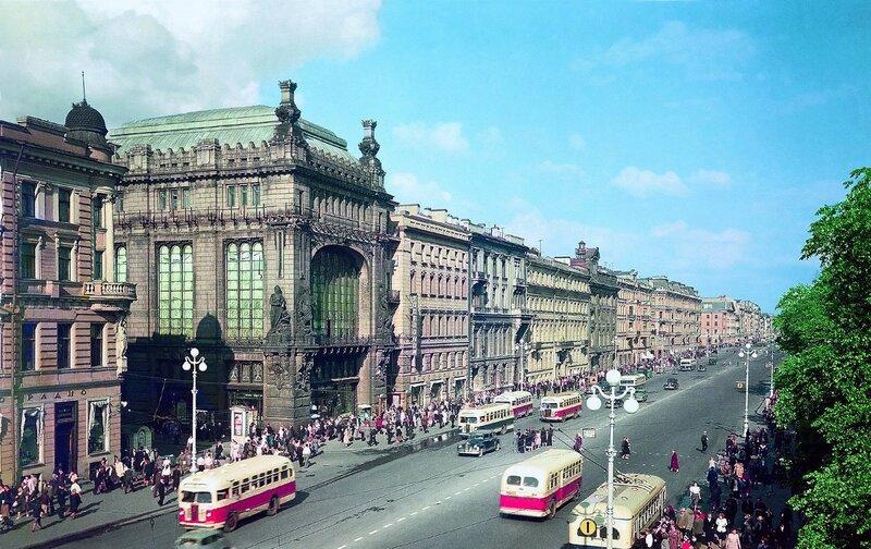 1954-55 Невский проспект. Илья Голанд.jpg