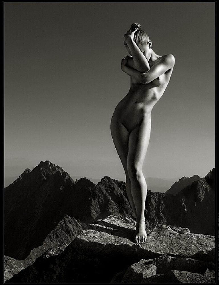 Черно белые фото голых красивых теток
