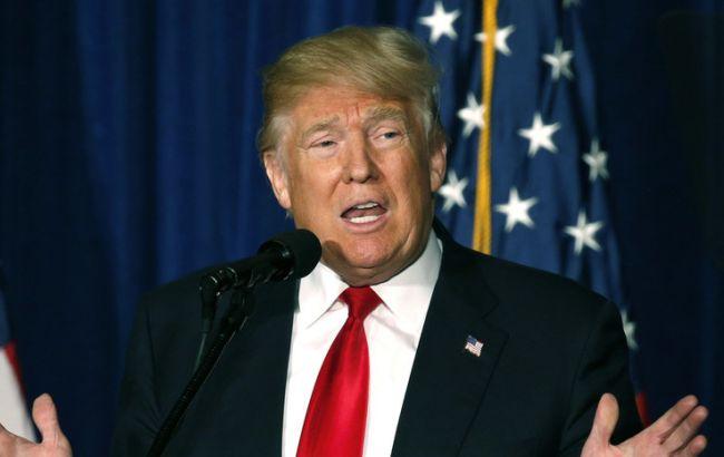 Спецслужбы США проинформировали  Трампу, то уРФ есть компромат нанего