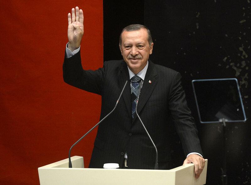 Erdogan_gesturing_Rabia.jpg