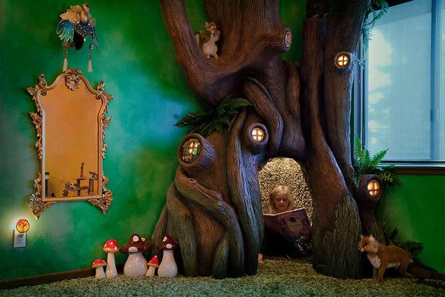 9. Для создания миниатюр папа использовал те же методы, что и для дерева.