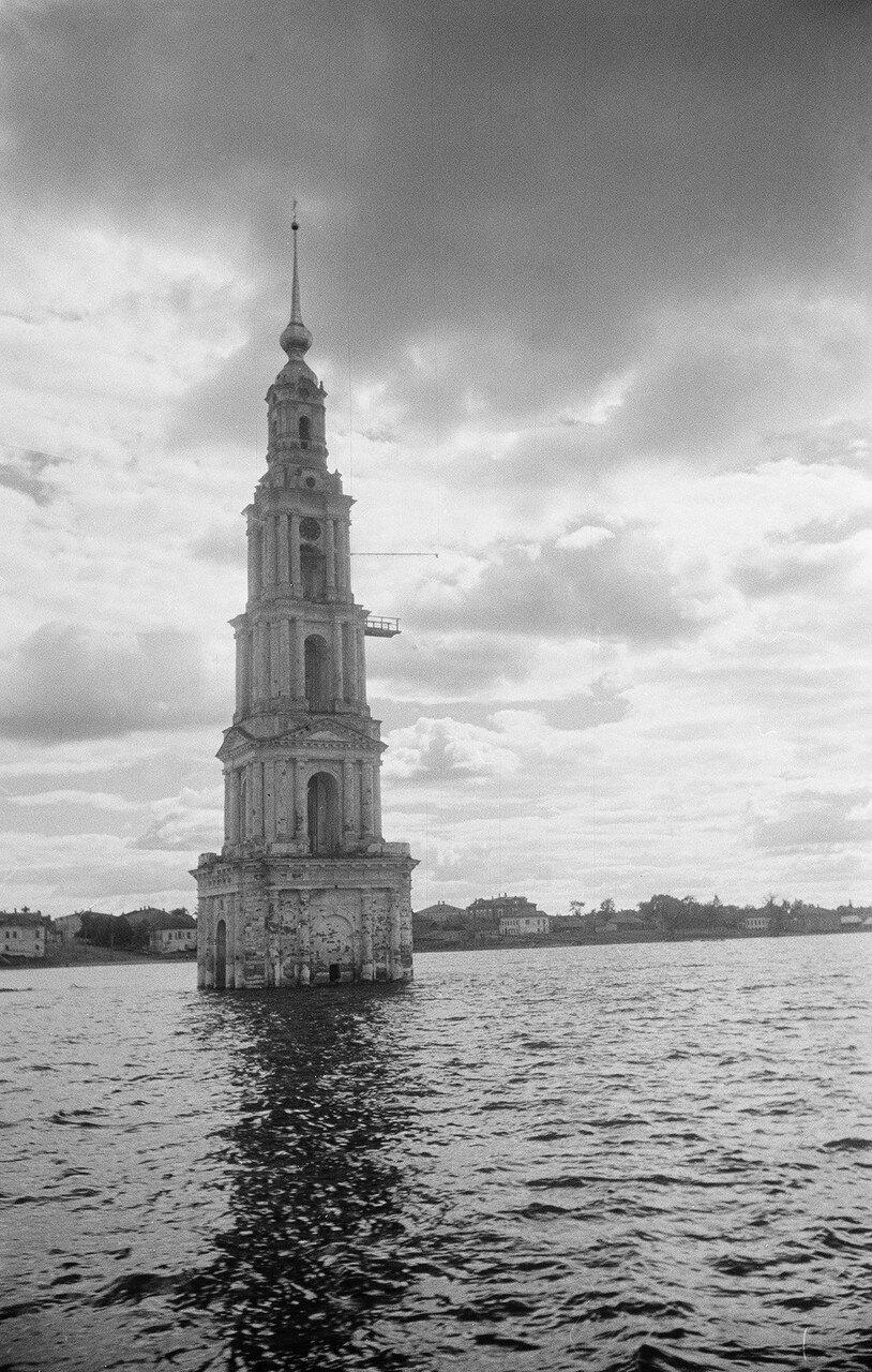 Калязин, затопленная колокольня Никольского собора