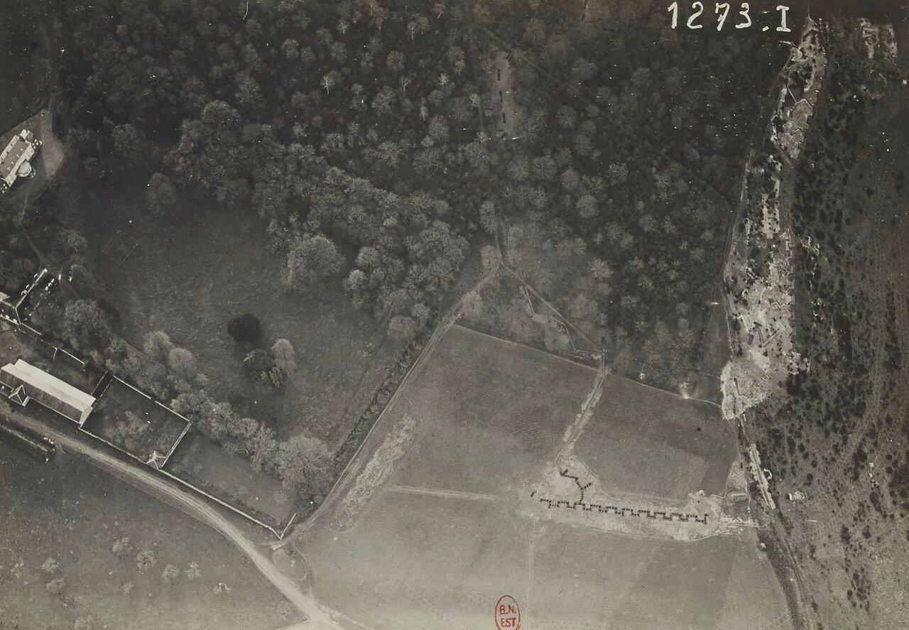 44. Ле Элуа. Траншеи возле замка
