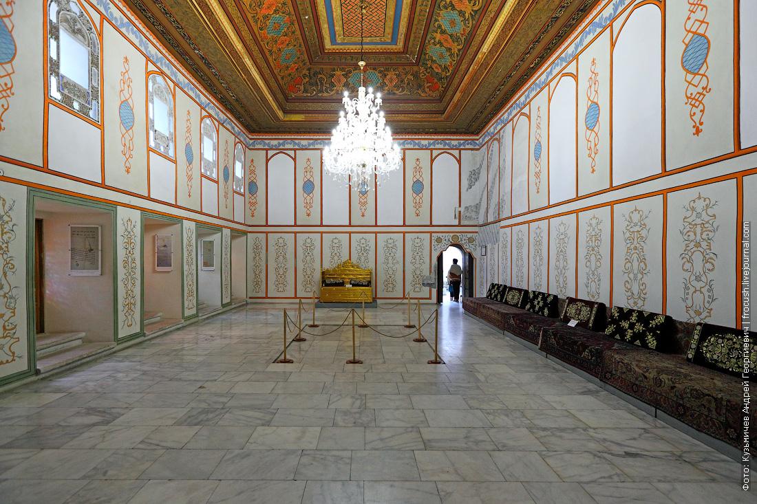 Ханский дворец Зал Дивана
