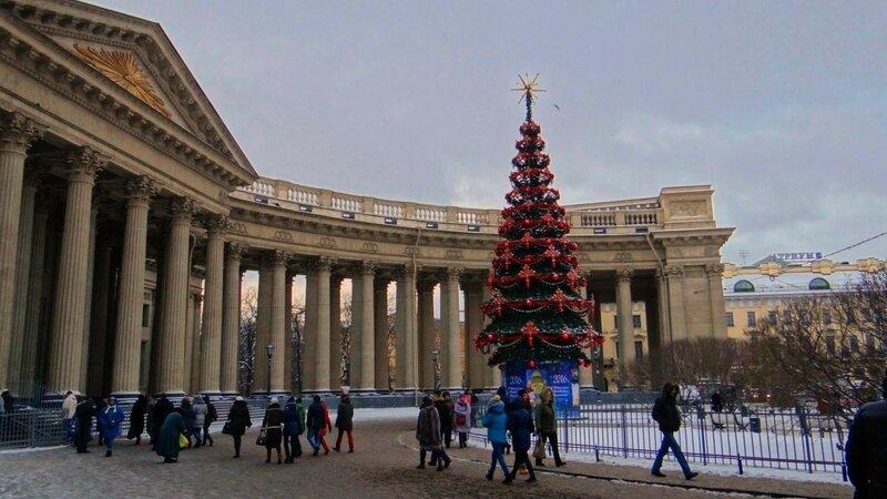 Новогодняя елка у Казанского собора