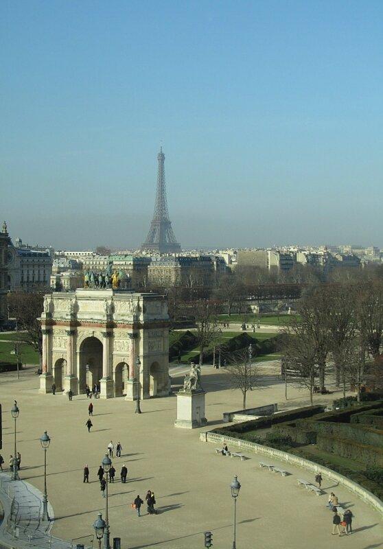 Из окон Лувра