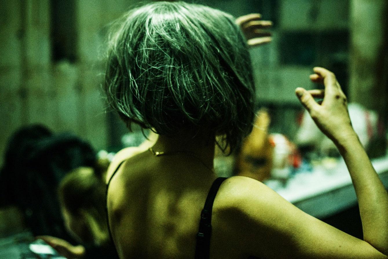 В Поднебесье: тайная жизнь закулисья китайских ночных клубов