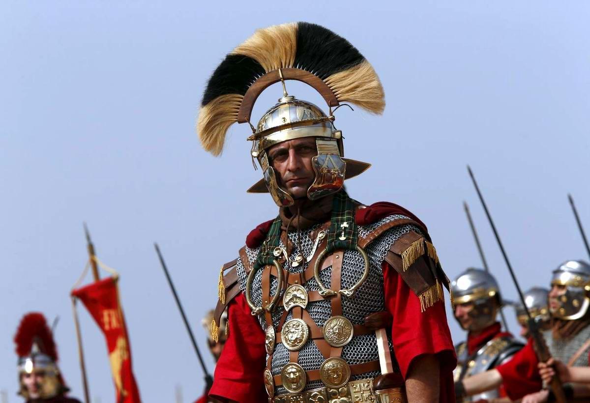 Легионеры армии Древнего Рима: Современный вариант попытки захвата острова Мальта (18)