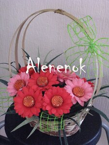 Sweet-дизайн (букеты из конфет, сладкие композиции). 0_4e78a_3d1bd587_M