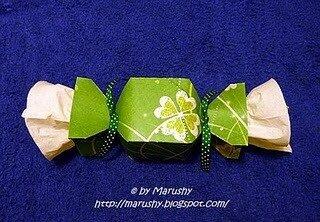 Упаковка в форме конфеты